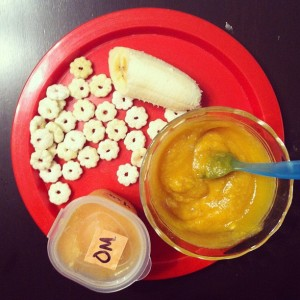 Butternut_squash_with_oatmeal__peaches__puffs_and_14_of_a_banana.__infantdinners__fatbabyisfat