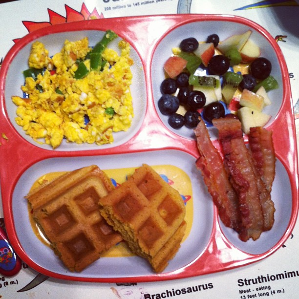 Pumpkin_waffles__bacon__scrambled_eggs_with_goat_cheese_and_green_peppers_and_fruit_salad.__toddlerdinners